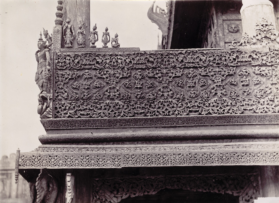 Carving on the railings of Queen's Monastery, [Mandalay]